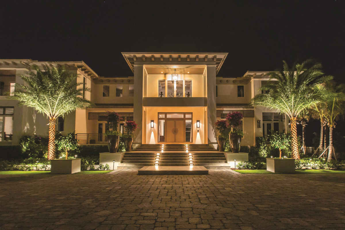 The Most Popular 2019 Landscape Lighting Trends | Sarasota, FL | STFDD